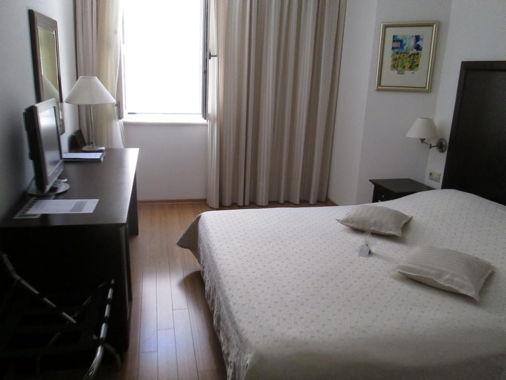 Economy room - Smaller double room